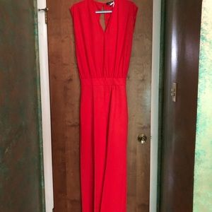 NWT jumpsuit red/orange Size 8